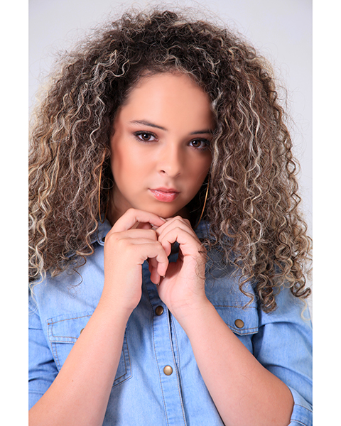 Ana Luiza Moreno