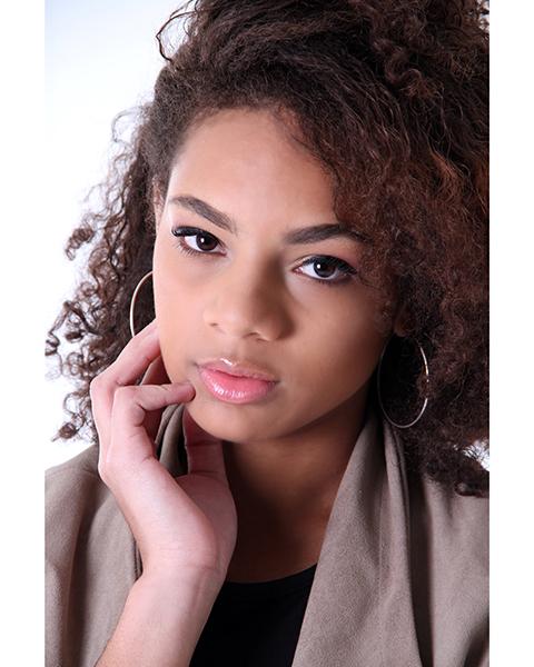 Alexia Mendes