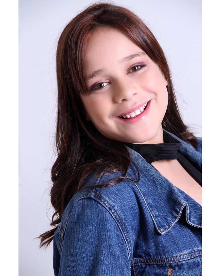 Lara Avilez