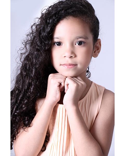 Myrela Soares
