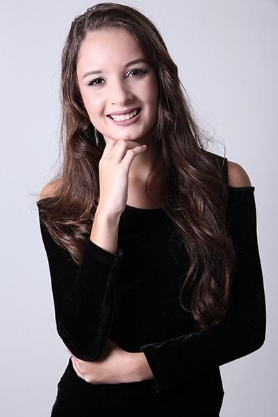 Larissa Cicera